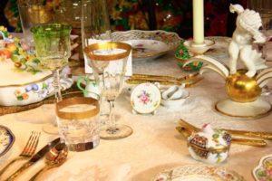 貴族のテーブル